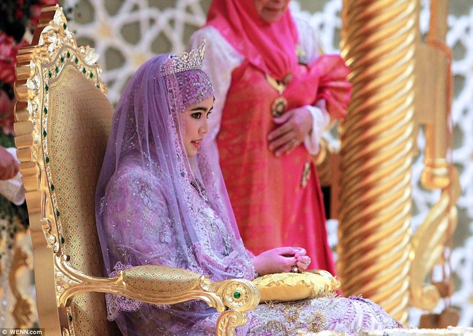 文莱苏丹王室女儿婚礼图片,文莱苏丹奢华嫁女