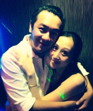 陈浩民的老婆是谁_陈浩民强吻事件图片真相陈浩民妻子是谁陈浩民老婆照片个人