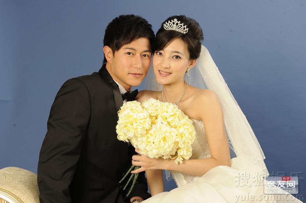 陈键锋女友是佘诗曼?陈键锋和妻子王丽坤的照