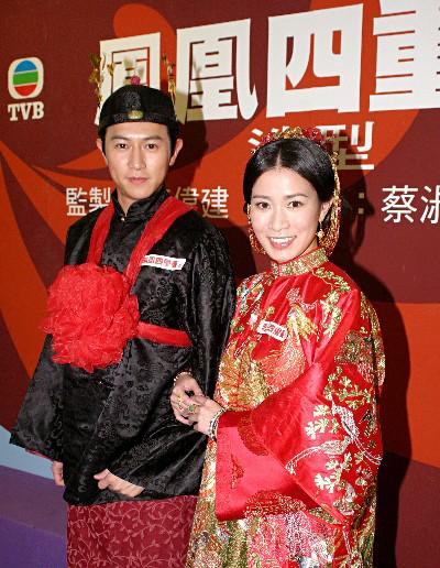 导读:陈键锋是香港tvb当红小生,出演多部电视剧,一部《美人图片
