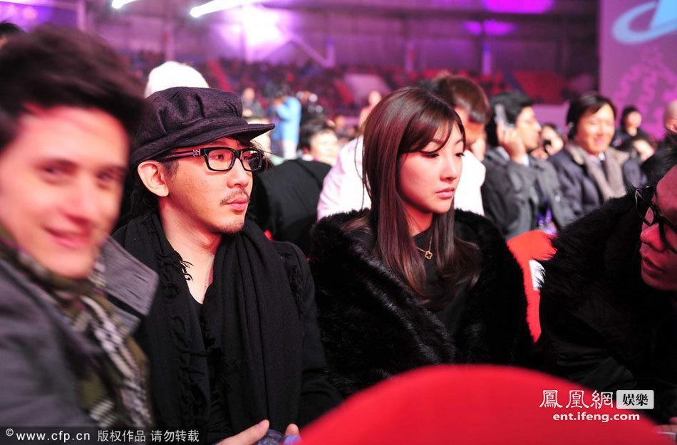 王希怡承认是刘谦女友