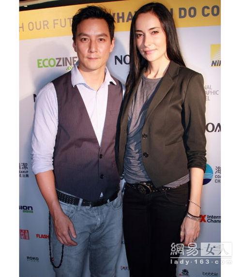 吴彦祖与老婆lisa最近照片和家世