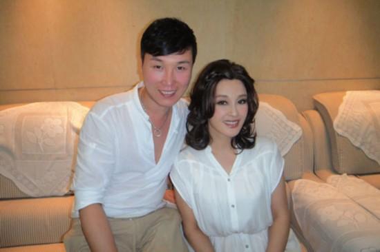 刘晓庆坐牢时候的照片,刘晓庆未整容前和不化妆的照片