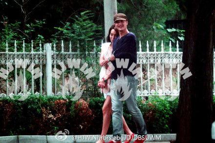 朱丹和男友周一围恋情曝光图片 童蕾与老公周一围吻戏结婚照片