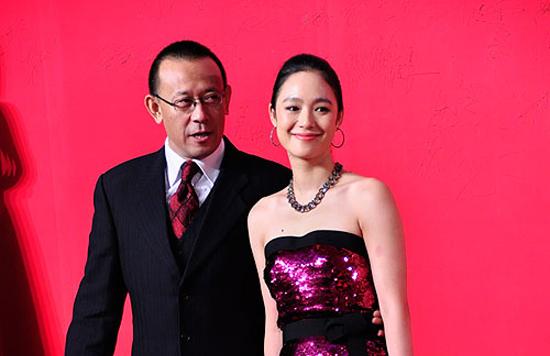 姜文老婆周韵_谣言著名演员姜文昨天去世图片,周韵是姜文的几任妻子_天涯 ...