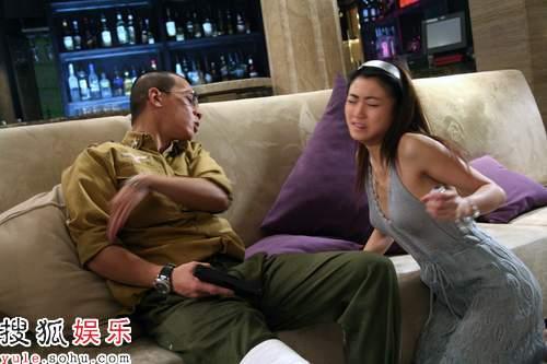明星强奸人图片_娱乐 明星     黄榕是一名模特,曾经自称曾与陈冠希交往,是陈冠希前