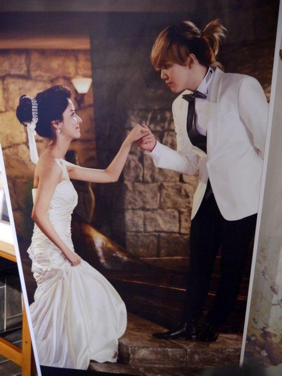 李弘基女友藤井美菜我们结婚了图片 李弘基吻朴信惠花絮,整容前照