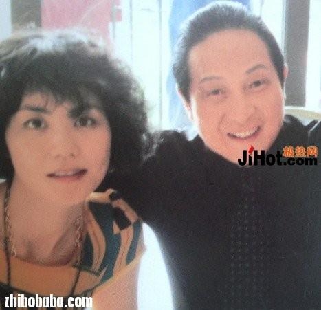2013最新骗术_王林在床上给赵薇开光,气功大师王林老婆是谁,最新视频现状 ...