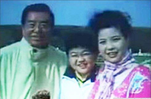 梦鸽前男友与李天一,李天一之母亲梦鸽照片