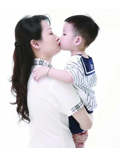 母亲和儿子能生小孩吗 儿子与母亲有关系 母亲