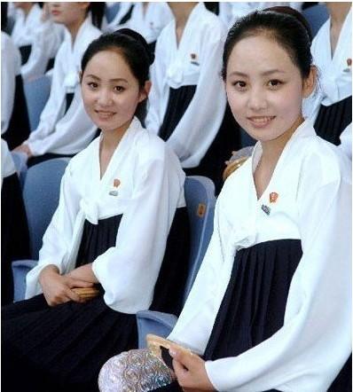 女人 朝鲜/高清图:5月28日探访中朝边境朝鲜军民新照曝...