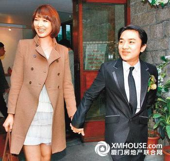 王祖蓝和李亚男结婚照,王祖蓝是谁的儿子,王祖蓝女朋友王祖蓝老婆