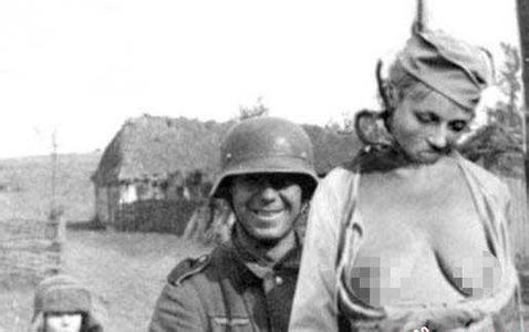 日本人怎样对女红军图