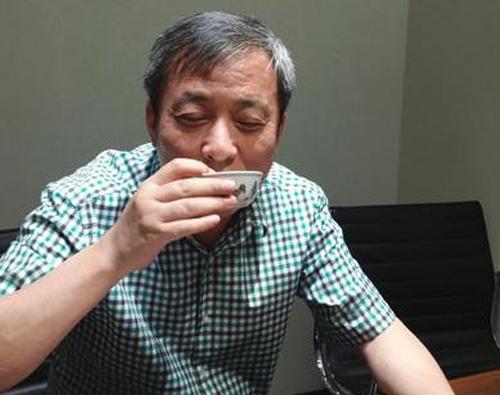 鸡缸杯为什么这么贵?3亿多的成化鸡缸杯,刘益