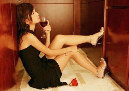 女人陪领导喝酒的后果