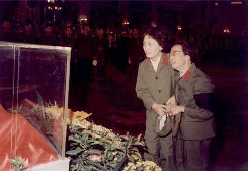 毛主席与张玉凤儿子照片,张玉凤的风流,张玉凤的丈夫和女儿照片