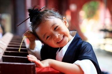 武汉最萌小道姑走红 小道姑爸妈是谁 小道姑的家庭