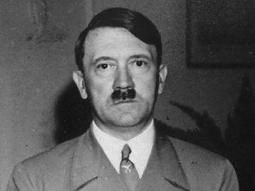 希特勒吸毒达74种 希特勒纳粹风流史图 希特勒情妇照片