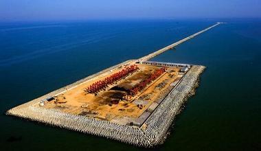 我国在南海造人工岛最新图美国怎么看?中国在南海造人工岛原因