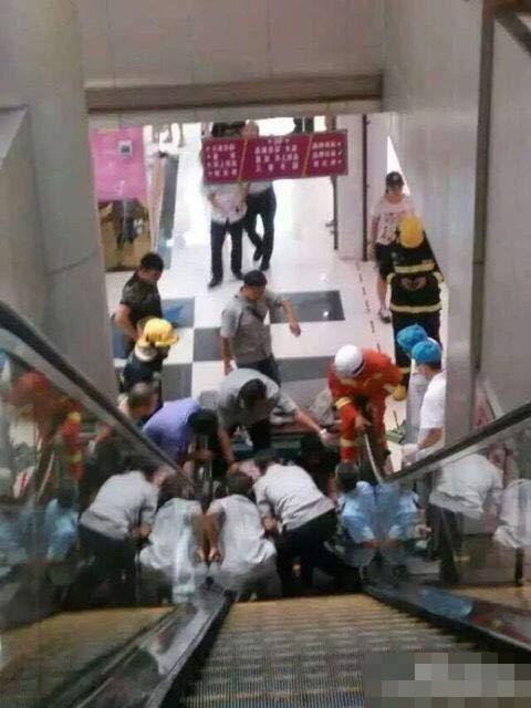 重大电梯事故死亡图片,2015年电梯事故死人视频,电梯事故案例图片