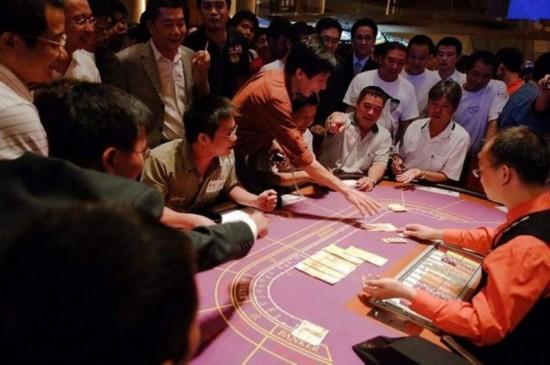 澳门赌场,但是赌场是属于违法行为,不少国家法律都规定对赌博是明文禁