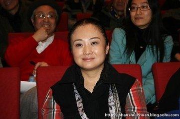 韩美林画猴子图片及作品价格 韩美林有几个老婆历任妻子照片(2)