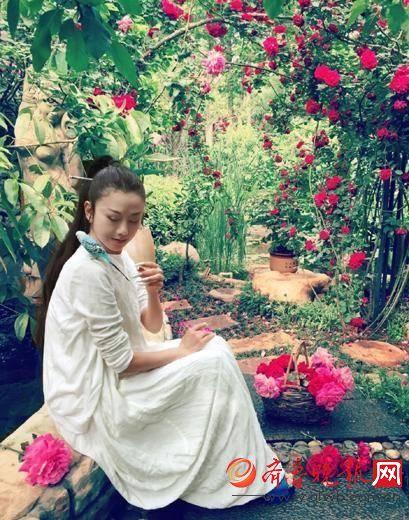 杨舞是杨丽萍徒弟吗个人资料及微博图片,杨舞杨丽萍什么关系图