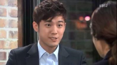 徐俊英打飞机自慰视频在线观看,徐俊英演过哪些戏整容