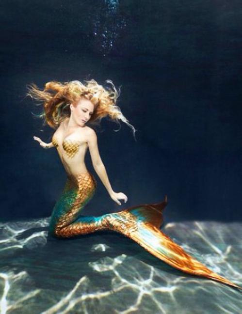 美人鱼真的存在吗真相照片 美人鱼怎么生孩子的 美人鱼吃人可怕图
