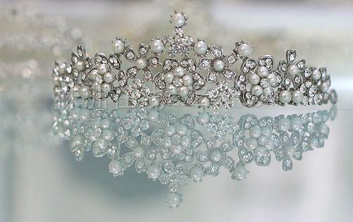 精致女人图片_十二星座公主谁的皇冠最精美,十二星座最美公主皇冠图片大全 ...