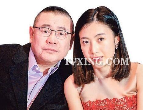 甘比厉害越老越漂亮面相不一般,厉害之处情商高跟大刘的母亲很像