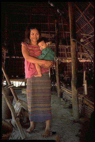 柬埔寨女人村真的没有一个男人吗 她们很开放吗怎么解决生理需求