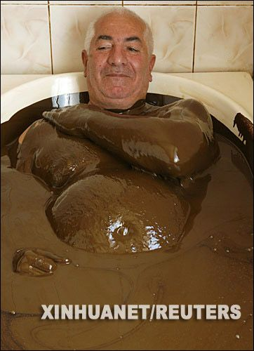 阿塞拜疆石油浴有什么好处泡多了有毒吗 自己在家可以做石油浴吗