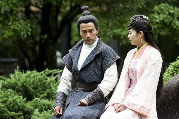 颖儿婚礼邀请刘恺威惹怒杨幂两人有什么矛盾,刘恺威喜欢过颖儿吗