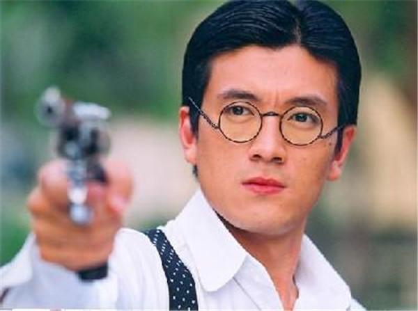 杨子怎么发家的为什么那么有钱,杨子被家族企业甩掉了吗为何演戏