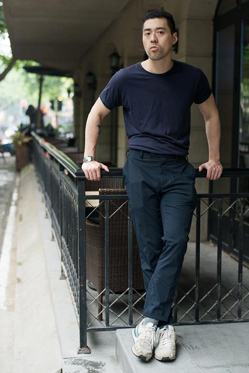 瘦小腿_微胖男生穿衣搭配图片夏天 这些小技巧帮你变身型男_天涯八卦网