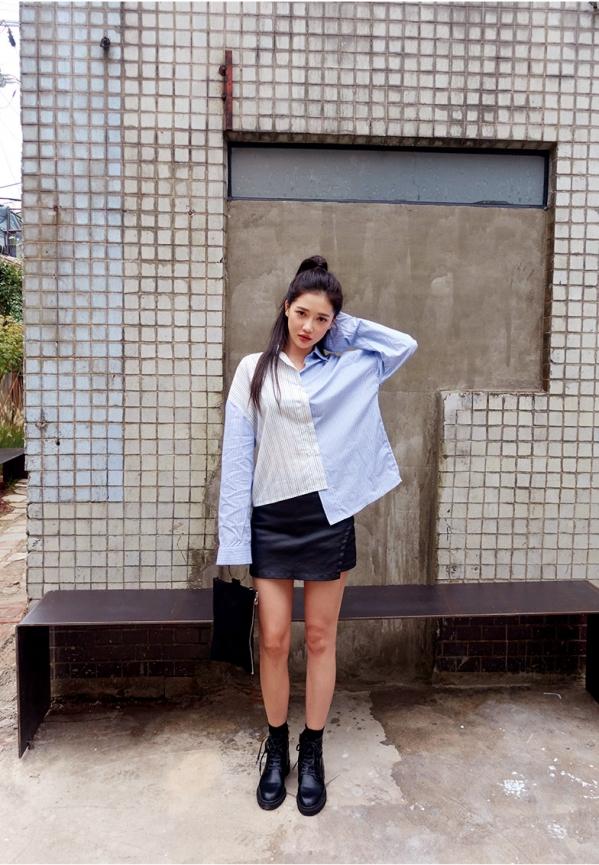 蓝色衬衫搭配图片女配什么裙子 清新蓝衬衫打造多变造型