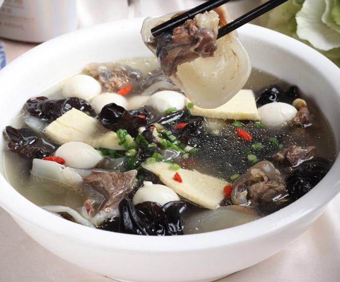 世界上十大最恶心的汤,每一款都倒胃到不行关键看你有没有胆子喝