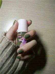 十二星座的专属指甲油颜色 十二星座女最适合涂什么颜色的指甲油