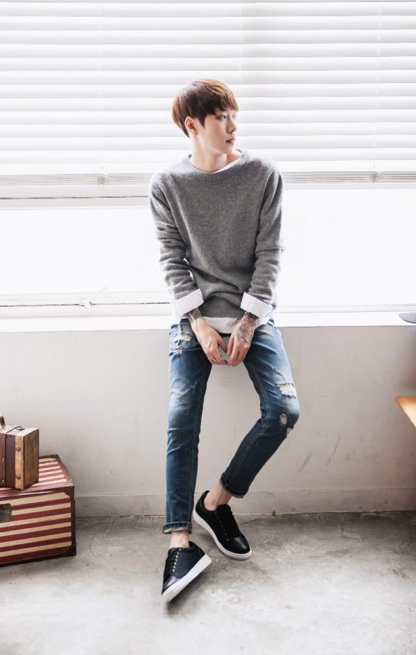 穿白衬衫的男生图片_男生灰色毛衣配什么裤子好看图片 秋冬来学型男如何穿搭_天涯 ...