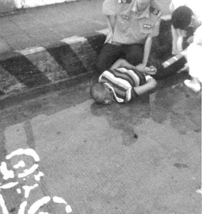 广州女警击毙歹徒,广州击毙黑人歹徒