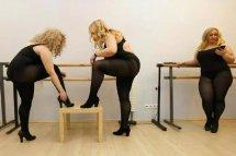 俄罗斯大尺码超模照片 大码超模试穿紧身衣服视频不忍直视