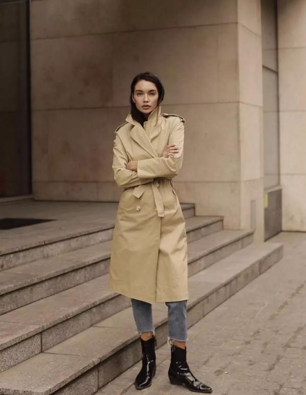 秋冬风衣搭配图女配什么裤子好看 女生风衣这样穿更时髦
