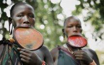 探秘非洲原始部落女人生活图片 不洗澡不穿衣还有哪些奇葩习俗
