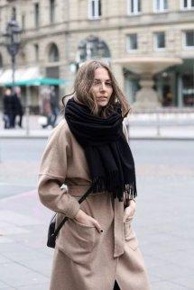 女生围巾什么颜色好看百搭 冬天入手这几种颜色的围巾吧
