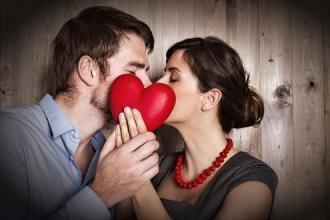 怎样才能让女人更爱你到无法阻挡 做到这些她想离开你都难
