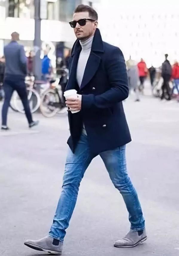 休闲皮鞋_男士蓝色大衣怎么搭配衣服图片 尽显型男的成熟稳重魅力_天涯 ...