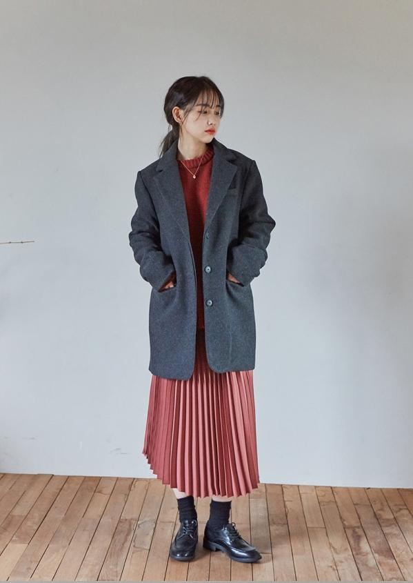 女生毛呢西装外套怎么搭配图片 教你冬季如何穿西装外套
