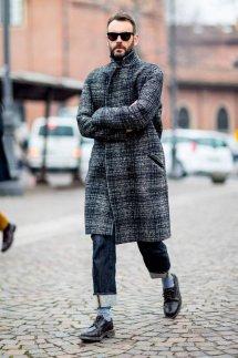 男生毛呢大衣配什么裤子好看 冬季呢大衣穿出型男feel