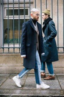 男生毛呢大衣怎么搭配衣服里面穿什么 毛呢大衣内搭这样穿